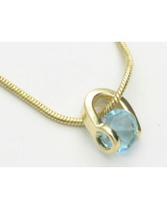 GOLD PLATED PENDANT WITH CRYSTAL